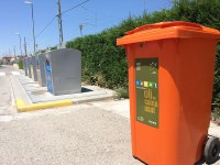Bell-lloc ja disposa d'un contenidor per reciclar l'oli de cuina usat