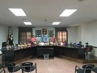 Els nens i nenes del Casal d'Estiu visiten l'Ajuntament de Bell-lloc