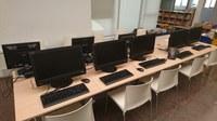 La Biblioteca Joan Solà es renova amb nou maquinari informàtic